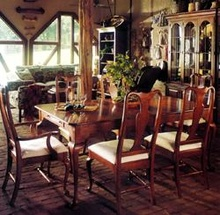 wooden furnished dining room